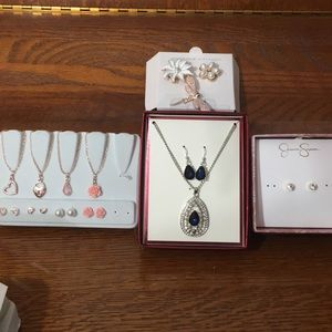 Lot of NEW Costume Jewelry Gold & Silver Sets